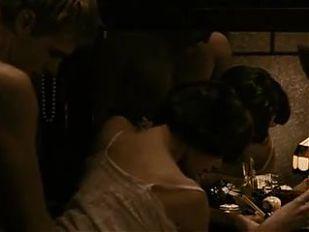 Garpastum (2005) - Chulpan Khamatova Sex Scene