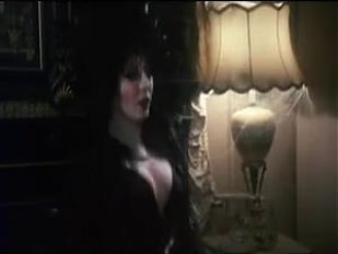 Elvira riding