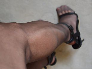 Rubbing Legs in RHT Pantyhose