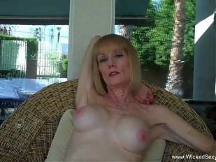Granny BJ From The Pool In The Backyard