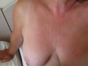 MILF Mandy take a large load