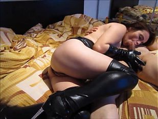 Kriss bad in black (part 1 from 2)