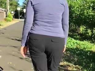 Slender Plump Butt Mature GILF