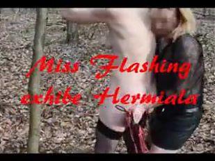 Miss Flashing59 exhibe Hermiala dans les bois